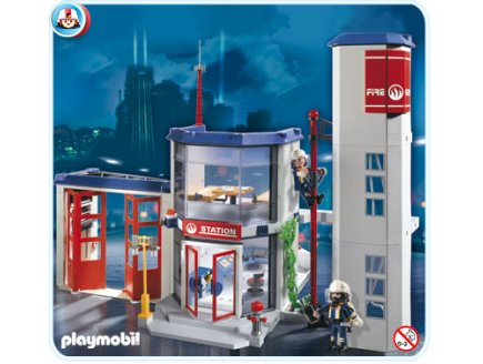 Playmobil pompiers 4819 caserne de pompiers - Caserne de police playmobil ...