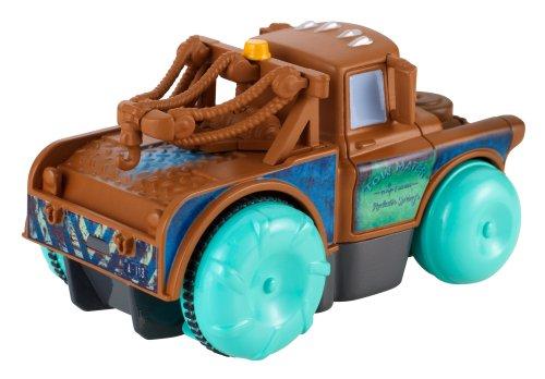 voiture cars qui flotte sur l eau jouet de bain disney pixar cars achat vente v hicule cars nageur. Black Bedroom Furniture Sets. Home Design Ideas