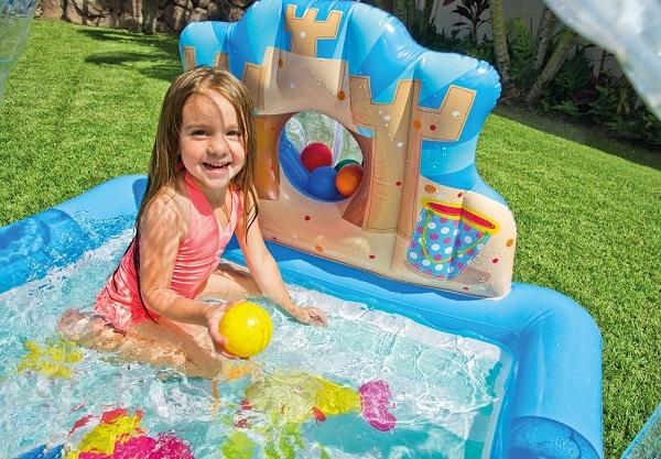 intex piscine enfant avec aire de jeux eau beach party. Black Bedroom Furniture Sets. Home Design Ideas