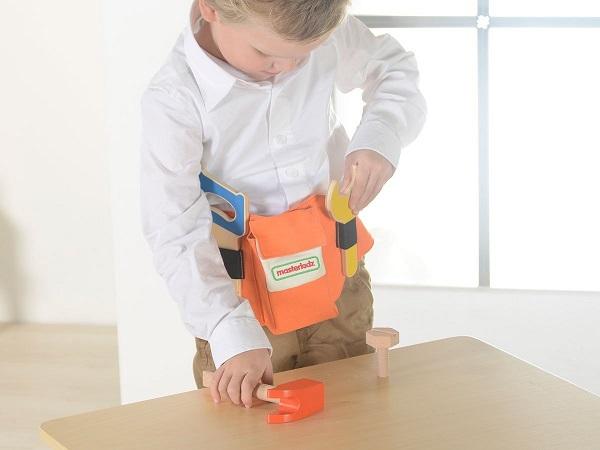 Ceinture porte outils avec jouets bois bricolage enfant for Pelleteuse jouet exterieur
