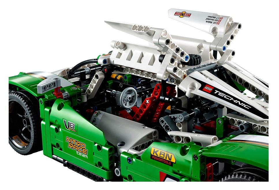 Lego 42039 Technic : La voiture de course des 24 heures