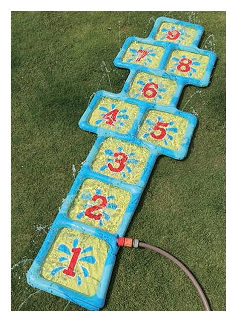 Tapis marelle aquatique 59 x 178 cm jeu d eau ext rieur for Pelleteuse jouet exterieur